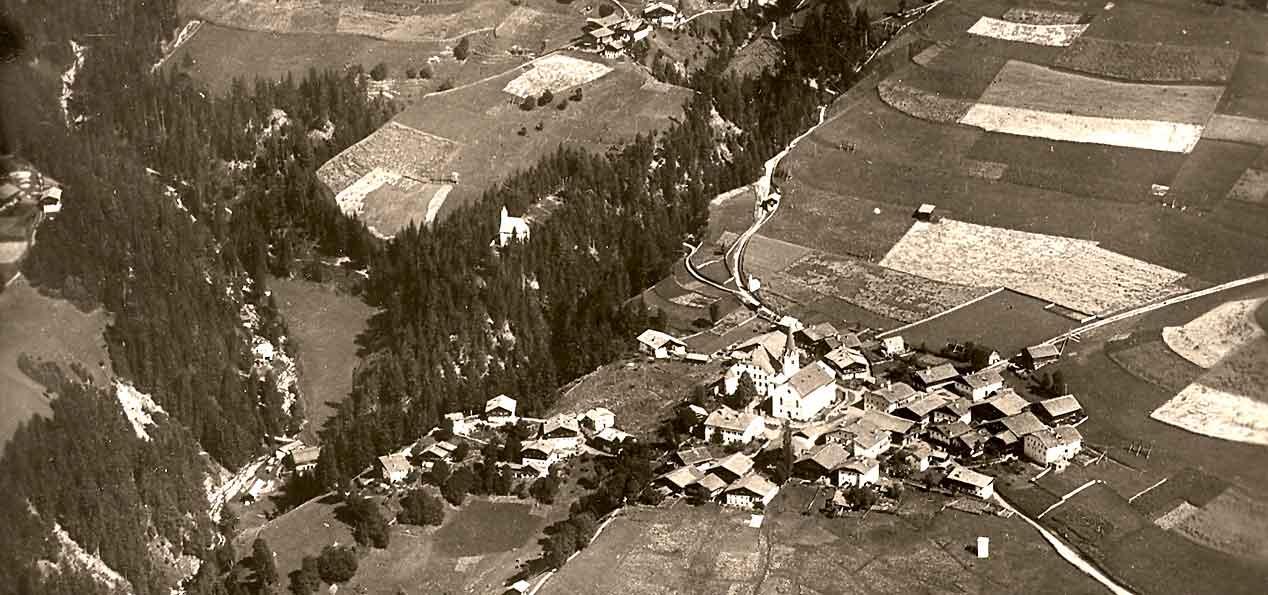 Luftaufnahme von Anras